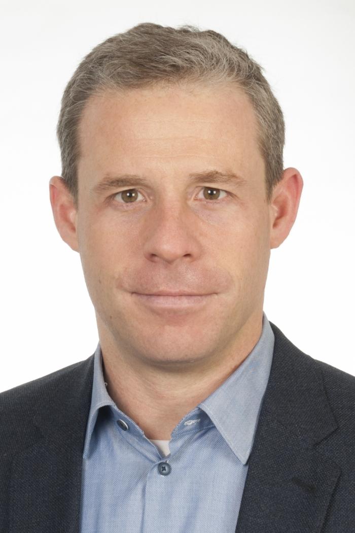 Professor of Chemistry Dennis Gillingham